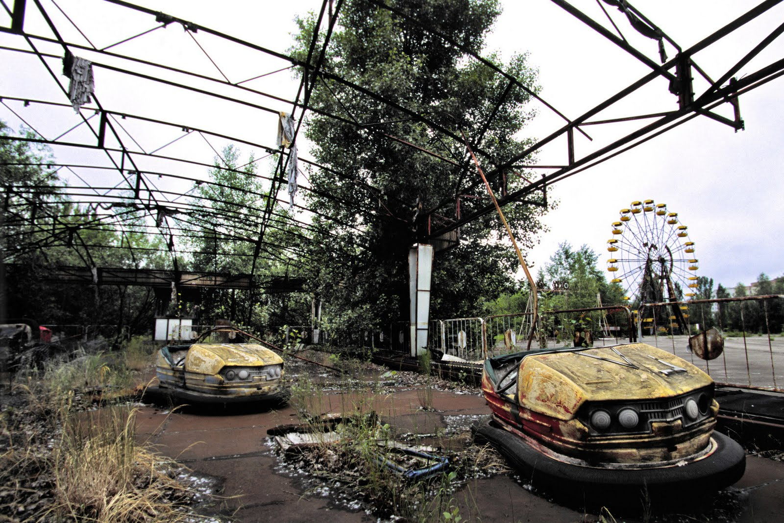 chernobyl accident Moscow — the chernobyl plant sits idle 20 years after the world's worst  nuclear accident, its last reactor taken out of service some six years.